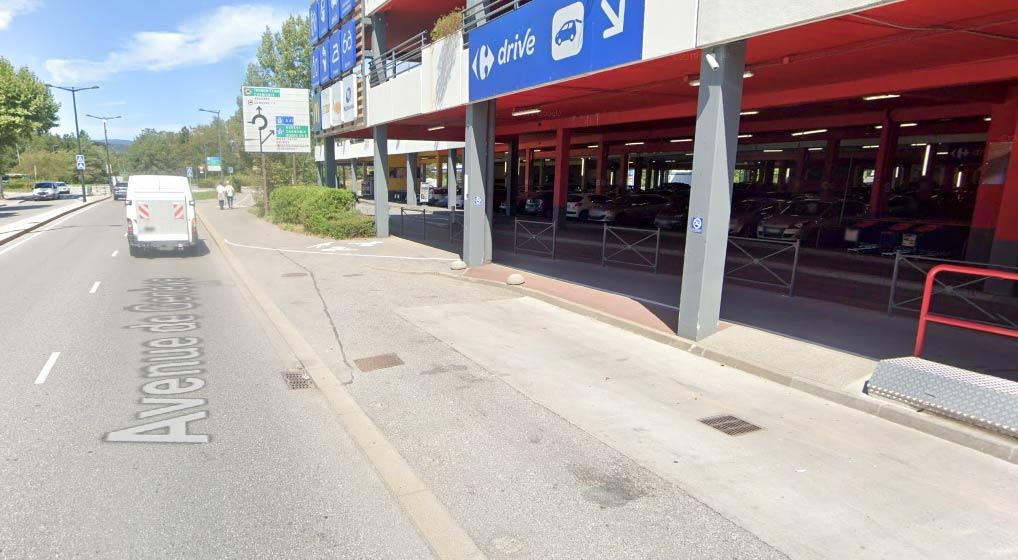 Arrêt de covoiturage Carrefour Annecy